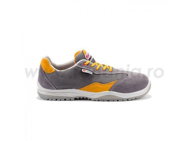 pantofi din piele velur perforata